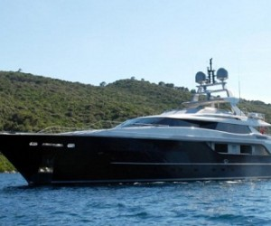 The 43-metre Le Yana superyacht is a beautiful vessel that has just gone on sale with...